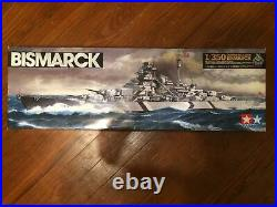 1/350 Scale Battle Ship Bismarck With Extras