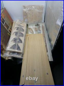 Charles W Morgan 1841 Whaler 150 Wood Model Ship Kit Artesania Latina INCOMPLET