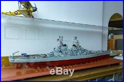 Model Ship USS Missouri (Mighty Mo) Battleship