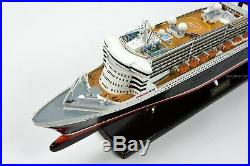RMS Queen Mary 2 Cunard Line Handmade Ship Model 34 Museum Quality Scale 1/400